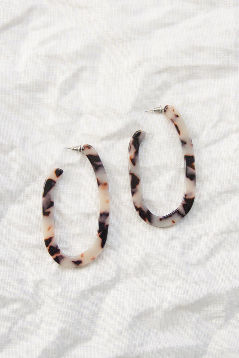 Margot Hoops | Ash Blonde Tortoise
