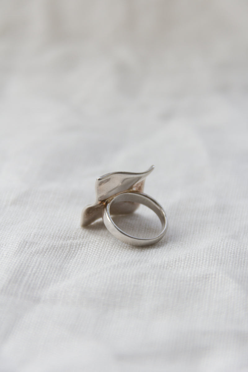 Sterling Silver Wavy Square Ring