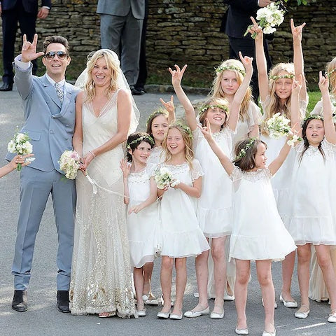 Kate moss wedding day flower girl ideas - Sienna Likes to Party Blog