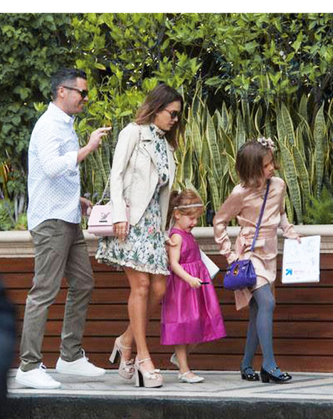 Jessica Alba's daughters wearing Sienna Likes to Party Accessories