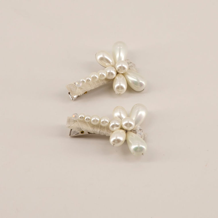 The Caron Pearl Dragonfly Hair Clip Set
