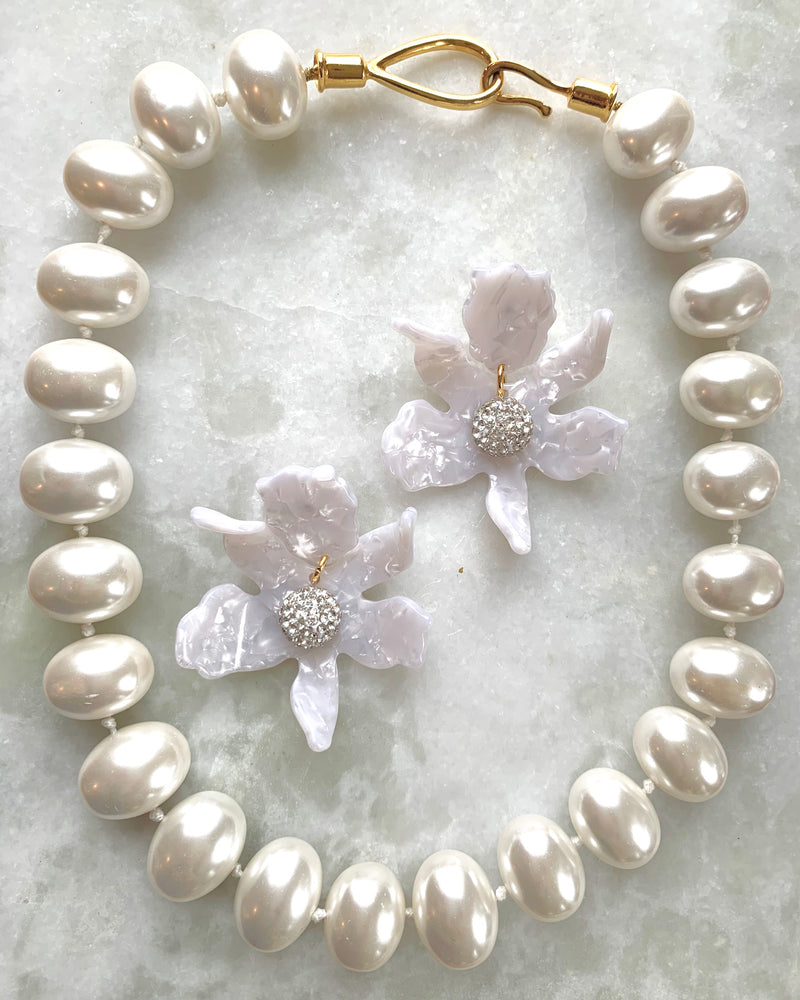 Catherine Canino Pebble Pearl Necklace