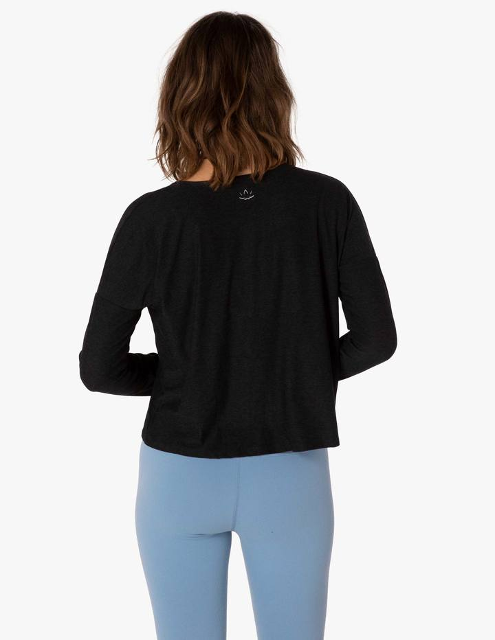 Beyond Yoga Morning Light Cropped Pullover Black