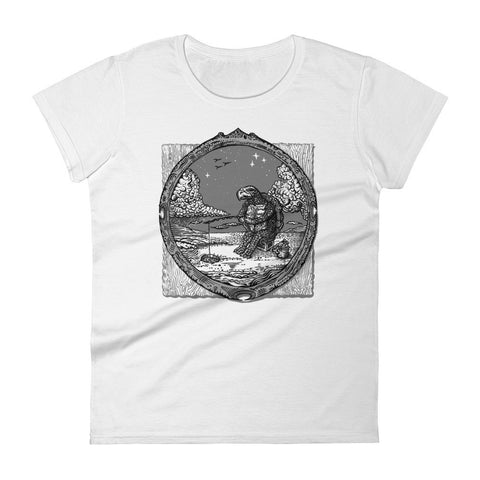 ICE FISHING TURTLE WOMEN'S TEE