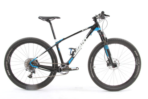 USED 2014 Giant XTC Advanced 27.5 0 Team Small Carbon Mountain Bike 19 lbs!