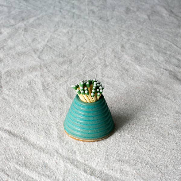 Settle Ceramics Textured Match Striker- Turquoise