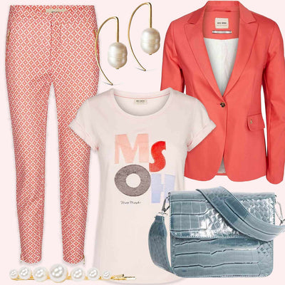 Look of the day | Coral & Pearls