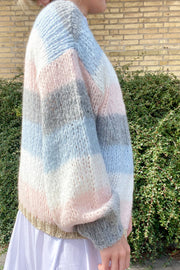 Kala Knit Cardigan | Light Blue & Light Rose Stripe | Cardigan fra Noella