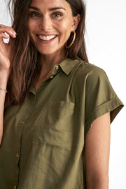 Hella shirt | Burnt olive | Top fra Freequent