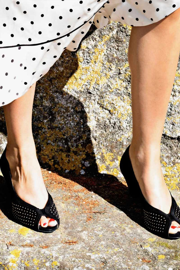 TIFFANY STUDS19 | Sort | Peep-toe pumps fra Anonymous Cph