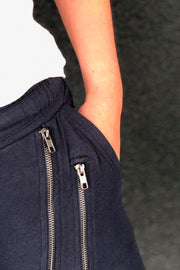 Beds Are Burning Double Across Zipper | Navy | Bukser fra COMFY COPENHAGEN