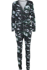 HEAT OF THE NIGHT LS | Camo | Jumpsuit fra COMFY COPENHAGEN