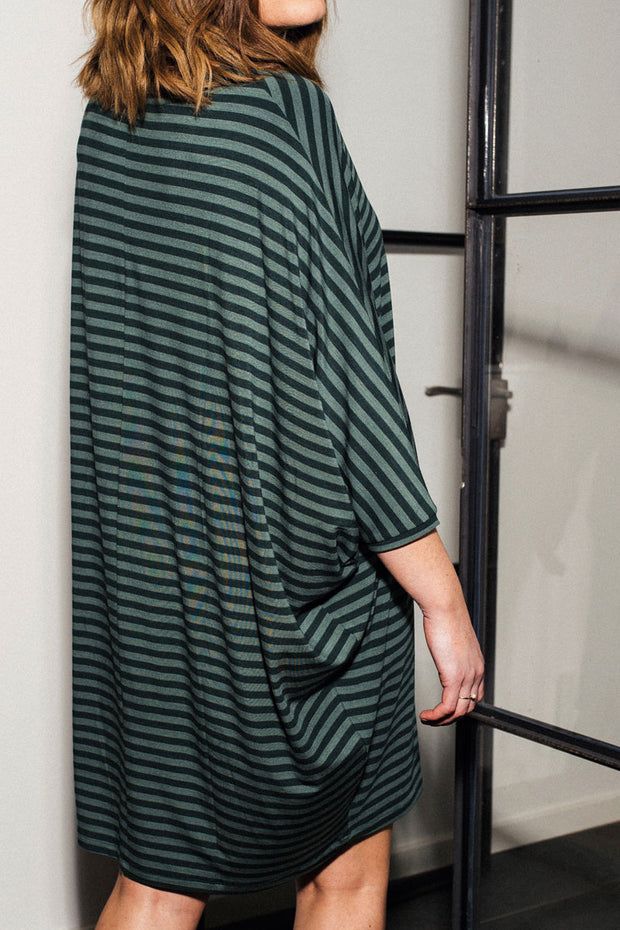 Higher Love | Green Stripes | Kjole fra Comfy Copenhagen