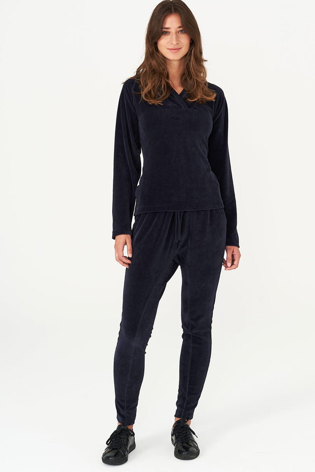 Beds Are Burning | Navy velour | Bukser i velour fra Comfy Copenhagen