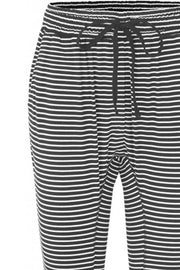 Beds Are Burning | Black Small Stripe | Pants fra Comfy Copenhagen