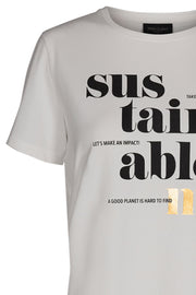 Fenja Tee Sus Sustain | Offwhite | T-shirt med tekst fra Freequent