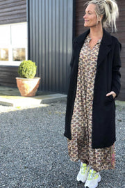 Latia Jacket | Sort | Uld jakke fra Freequent