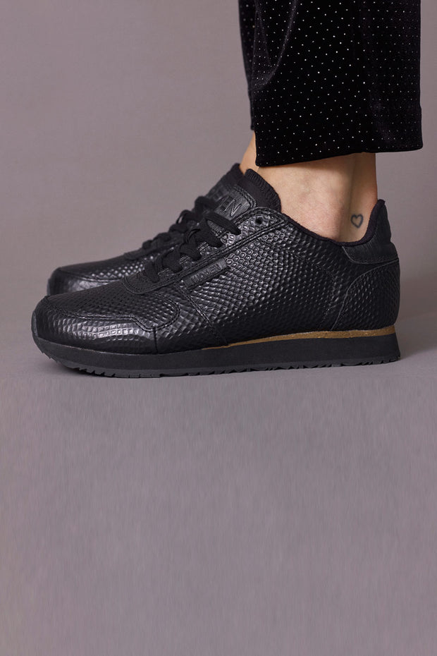 YDUN METALLIC | Sort | Metallic sneakers fra WODEN