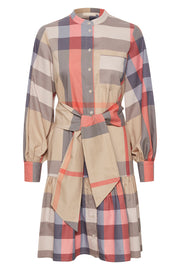 LucKB Shirt Dress | Cement | Ternet kjole fra Karen by Simonsen