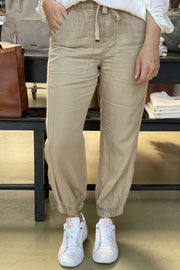 Cubi ankle pant | Sand | Bukser fra Freequent