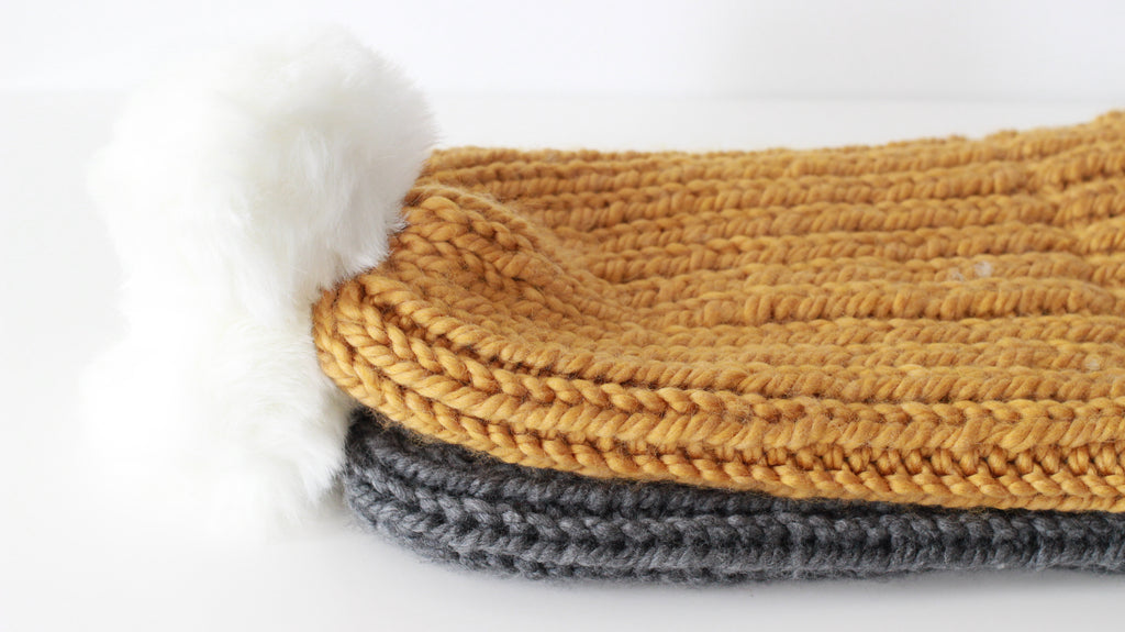Women's Slouchy Soft Faux Fur Pom Toque