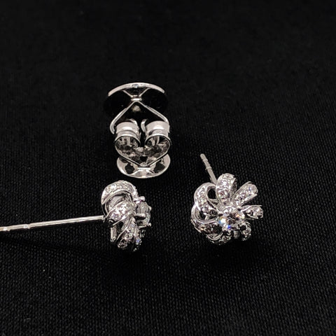 18K Diamond Flower Studs