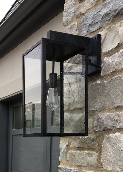 Vista Wall Wide Lantern
