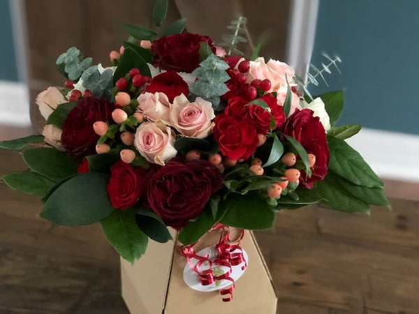 FF - 2021-02 - February 12th - Friday Flowers Bouquet - PREMIUM SIZE