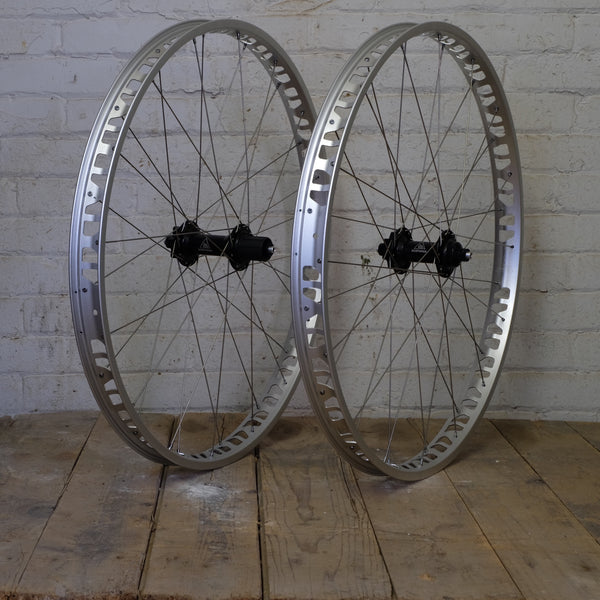 Northpaw-S 29+ Wheelset - Black, Silver and Gunmetal Available