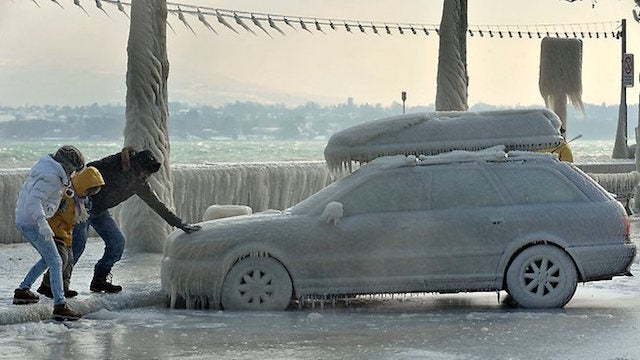 10 Amazing Pictures of Cars Covered in Ice