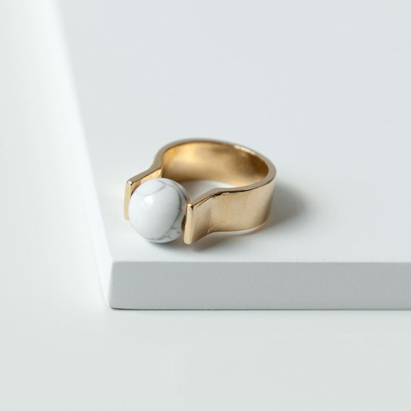 Howlite Orbit Ring