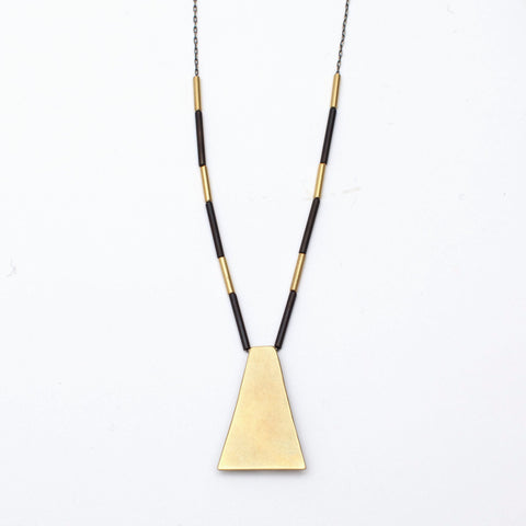 Dea Dia Necklace