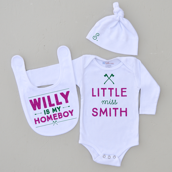 5 ways to personalize without the babys name hi little one personalized baby gift set negle Images