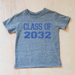 Class of 2032 Back to School Vintage Grey T-shirt at Hi Little One