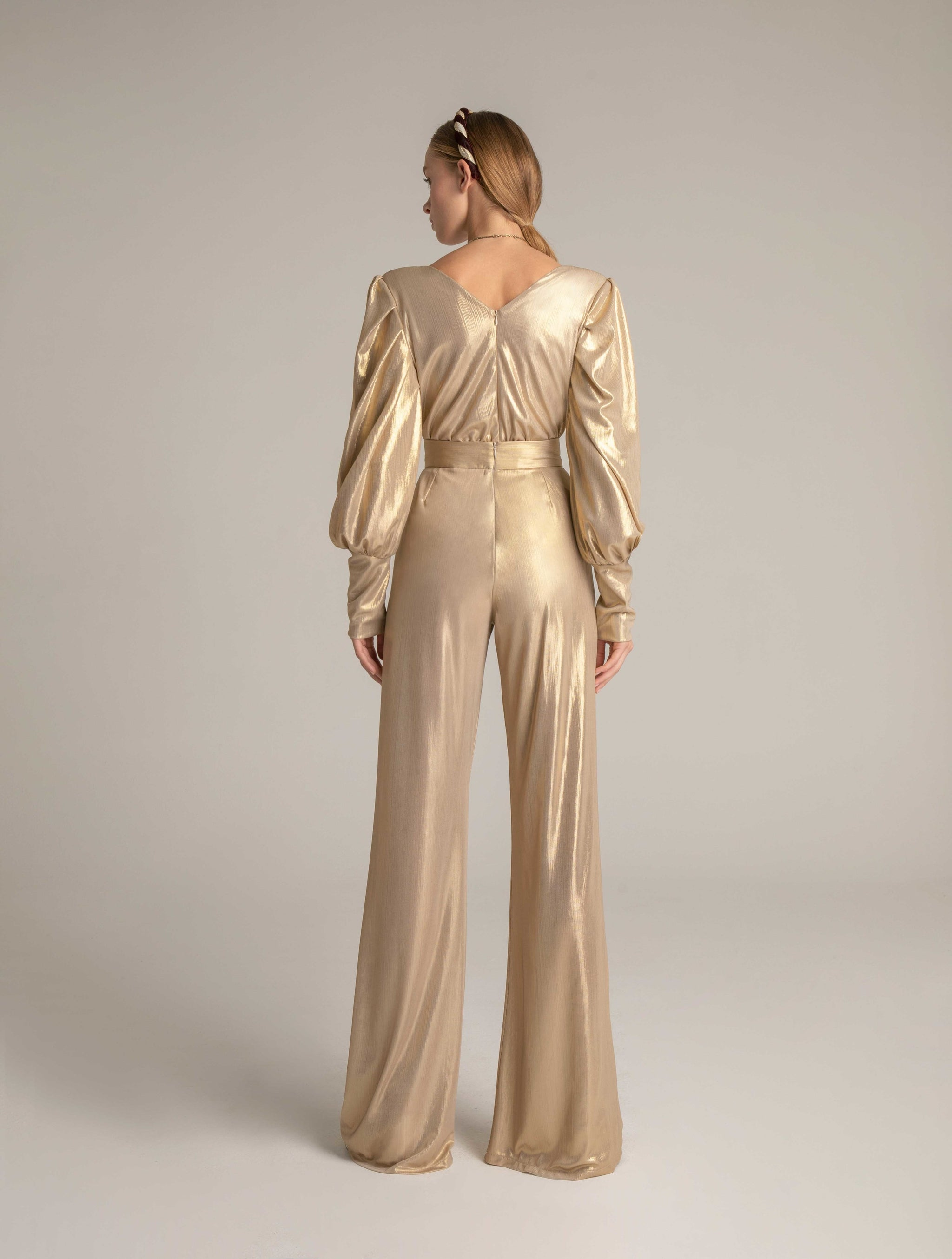 RAZIA BODY IN GOLD