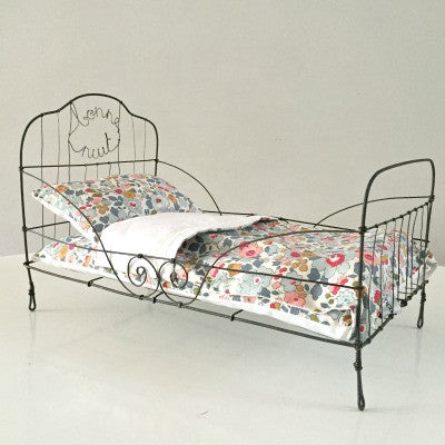 Wire Bed of Dreams