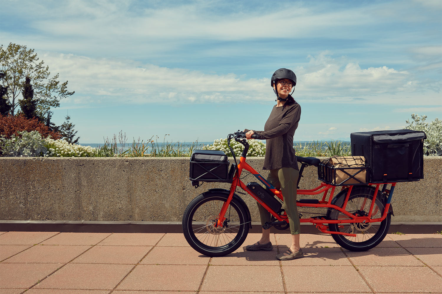 Delivery person with RadWagon 4 e-bike