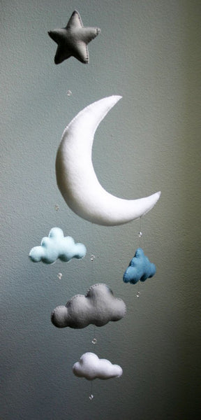 Felt moon and stars mobile for your nursery