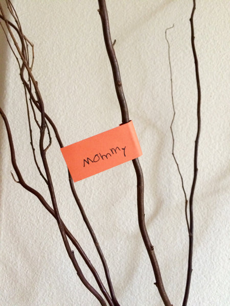 Branches with notes for what you're thankful for