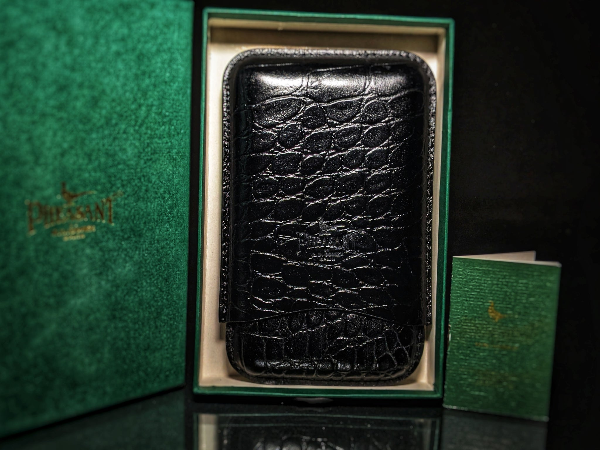 Pheasant by R.D.Gomez made in Spain Black Case new in the original box