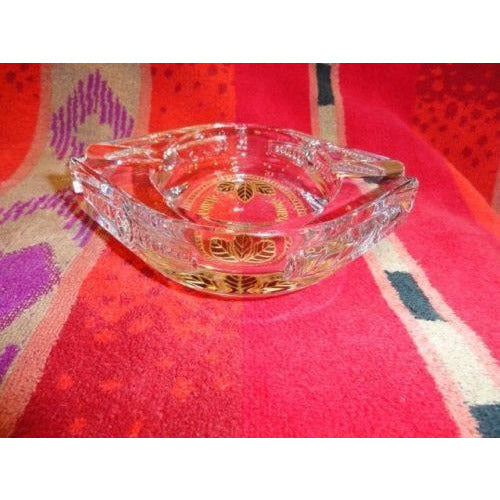 giz studios  heavy crystal cigar ashtray with leaf design