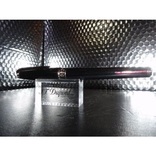 casino royale ltd edition s.t.dupont  fountain pen preowned no box