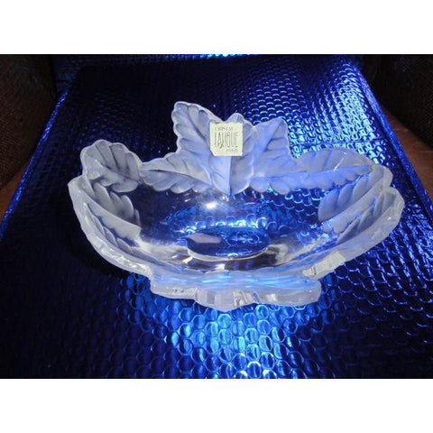 Exquisite Frosted Lalique Crystal: 'Compiegne' Bowl