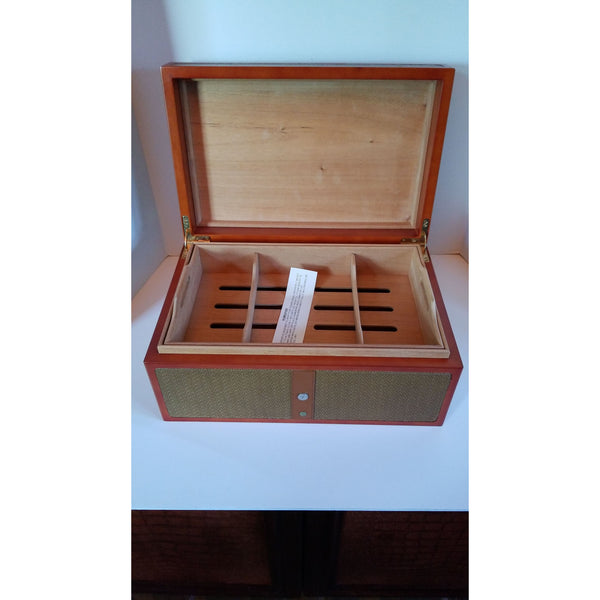 Royal Jamaican  Rattan Humidor New in the Box
