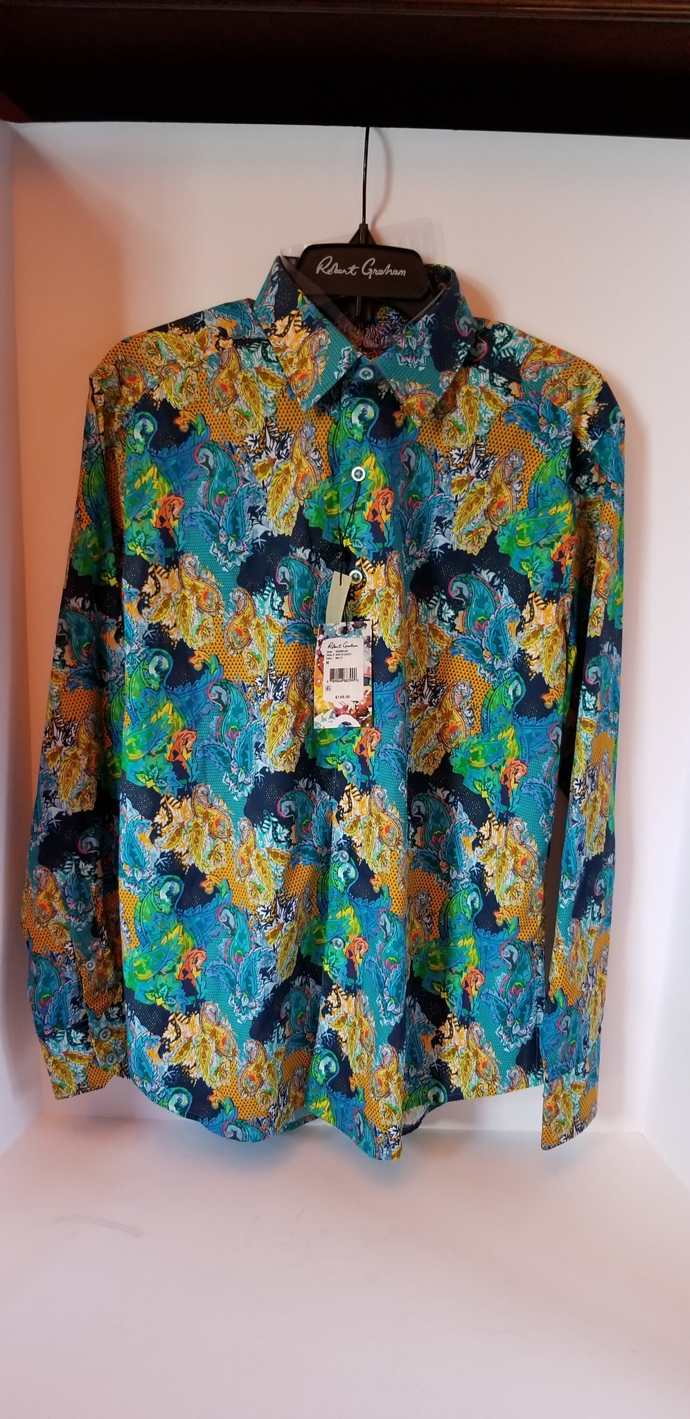 Robert Graham Gormican Medium size shirt