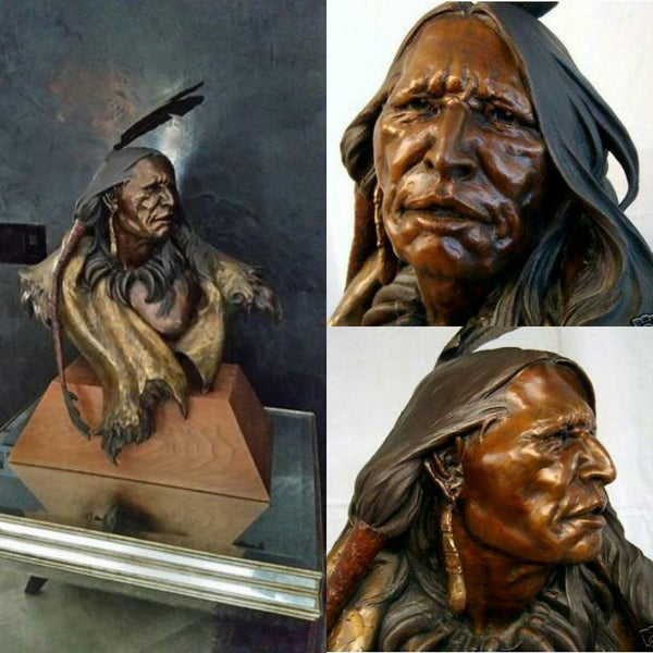 "Dan Garrett Bronze "" Glance to the Past"""