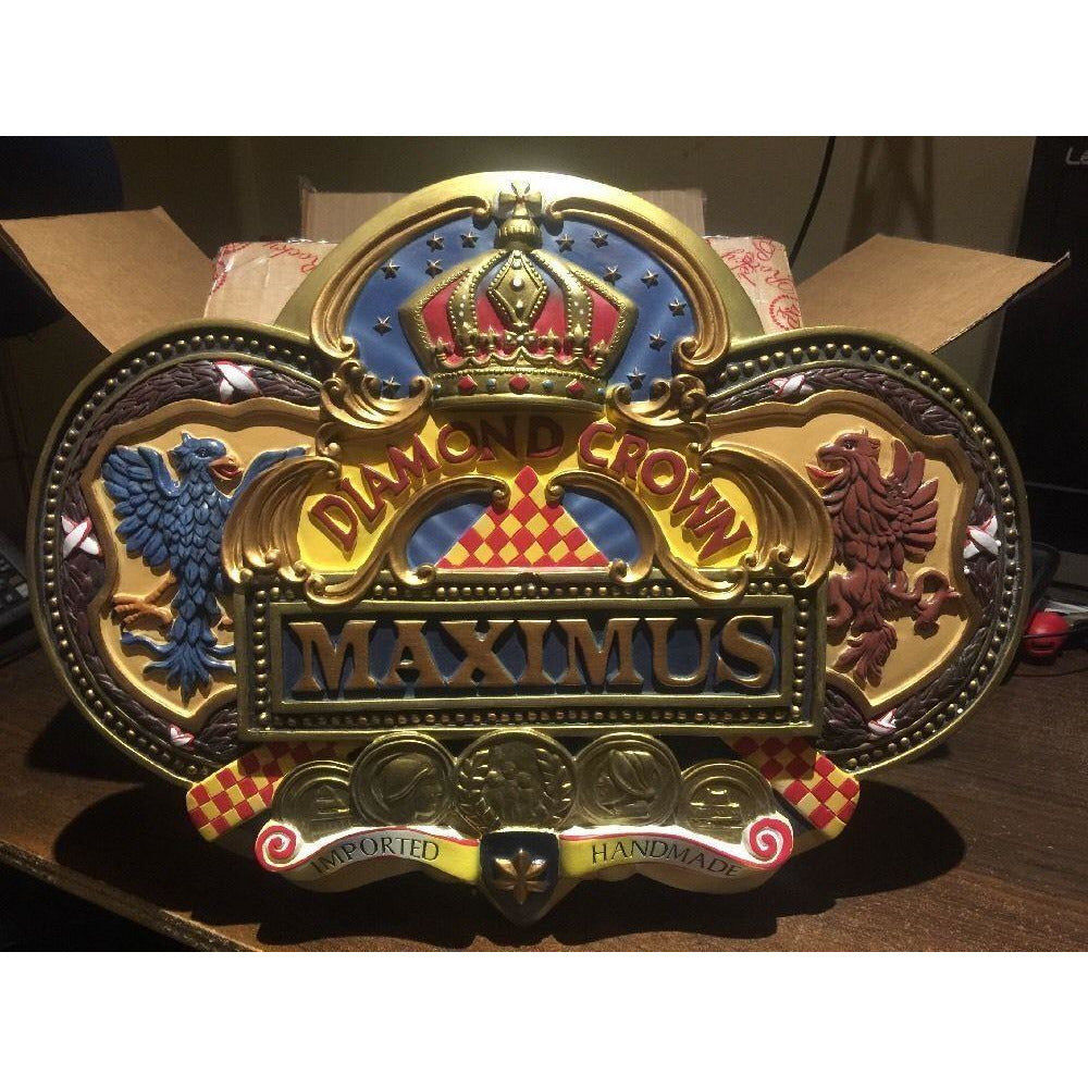 Diamond crown Maximus Plaque