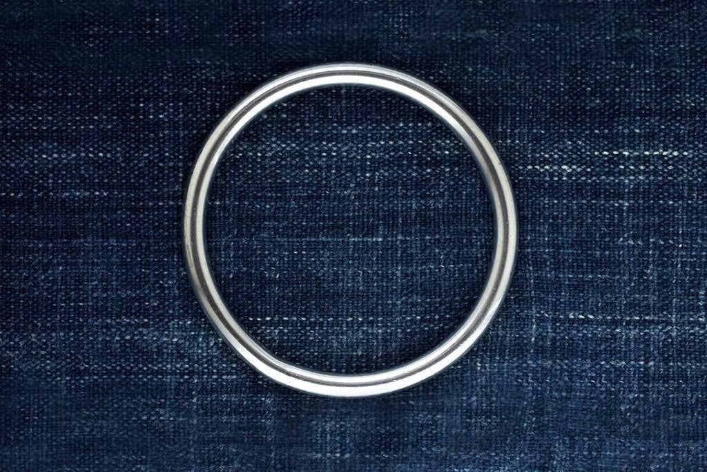 Vintage Sterling Silver Circle Bangle II