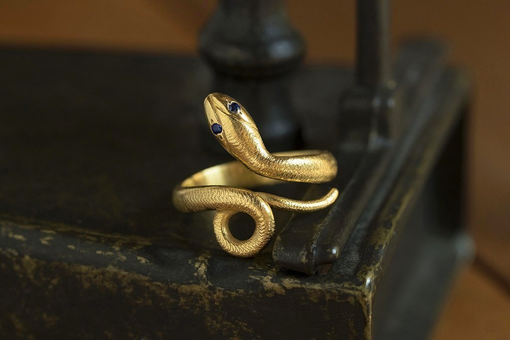 Early 20th Century Snake Ring with Sapphire Eyes