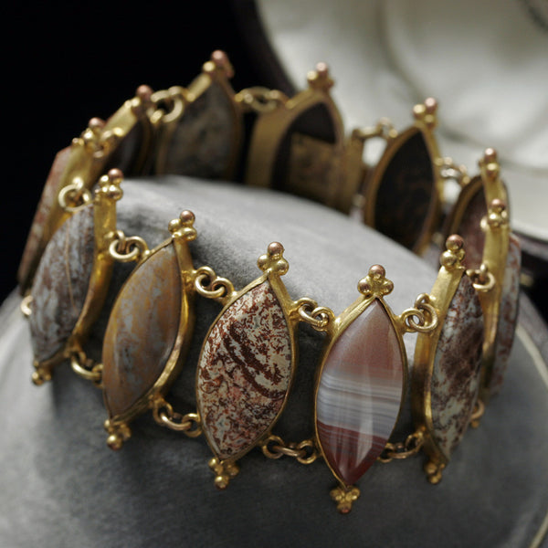 Early Victorian Agate and Pinchbeck Bracelet
